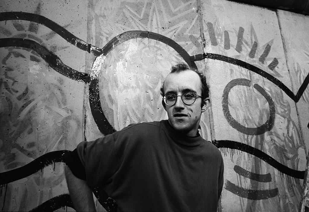 Connu Exposition : « Keith Haring et le 25ième anniversaire de la chute  BB44